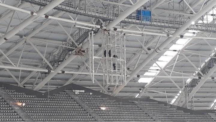 На стадионе «Самара Арена» рабочие за три месяца установили 500 кресел