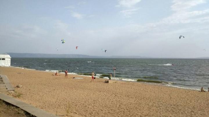 В Тольятти спасли мальчика, который во время купания в Волге ударился о причал