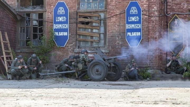 На заброшенном заводе Волгограда начались бои за Берлин