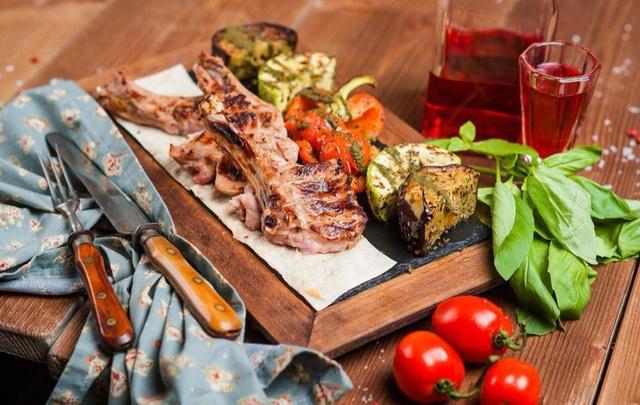 Пробуем национальную кухню разных стран в пермских ресторанах и кафе