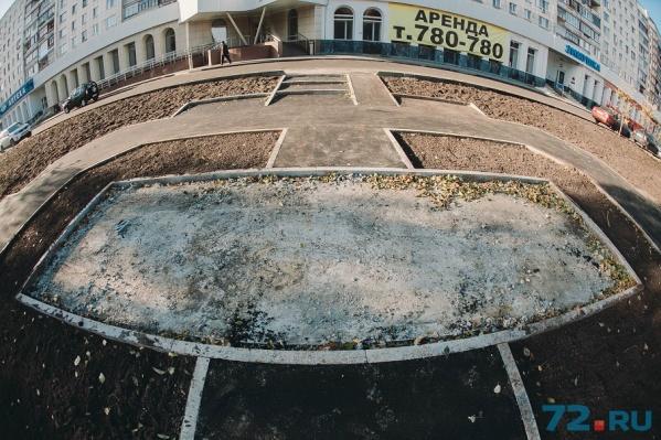 Арт-объект планируют установить на территории аэропорта Рощино или на въезде в город