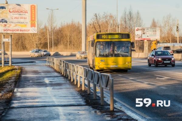 Автомобили отправят в объезд — по улице Докучаева
