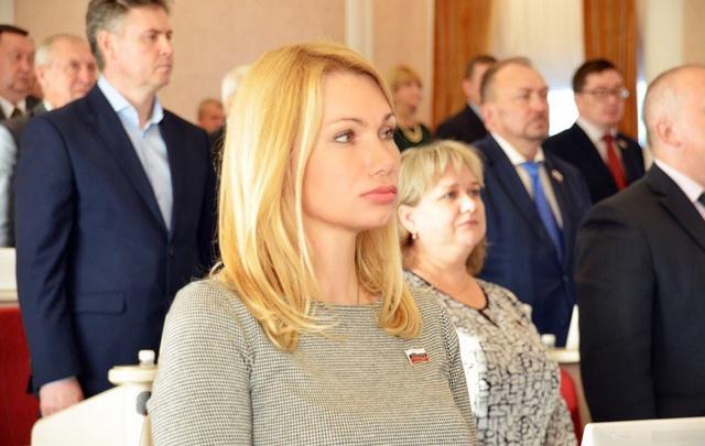 Работники «Архэнерго» просят прокуратуру, СК и Жириновского разобраться с Ольгой Осицыной