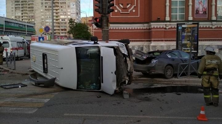 Лихача, устроившего ДТП с маршруткой, арестовали