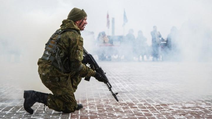 Волгоградских солдат переполошили напавшие на военный городок диверсанты