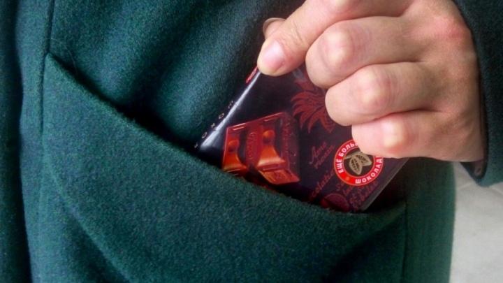 Из супермаркетов Архангельска стали чаще воровать конфеты