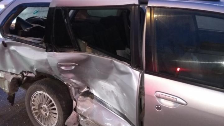 В аварии на Широтной пострадал шестилетний мальчик