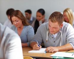 Тюменцы могут воспользоваться льготным кредитом на обучение