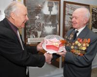 Ветеранов ЧМК поздравят с Днем Победы