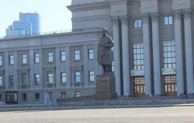 В Самаре на праздновании Дня труда на площади Куйбышева будут гореть колеса