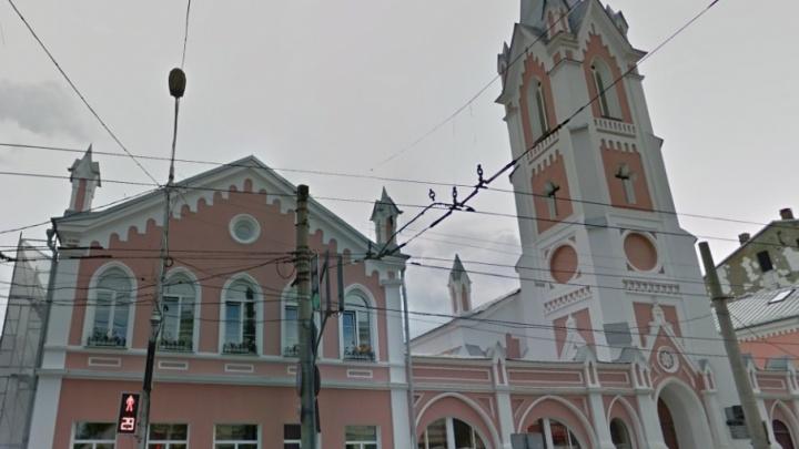 Появится отопление: самарская кирха получит около 2,5 млн рублей из губернаторского фонда