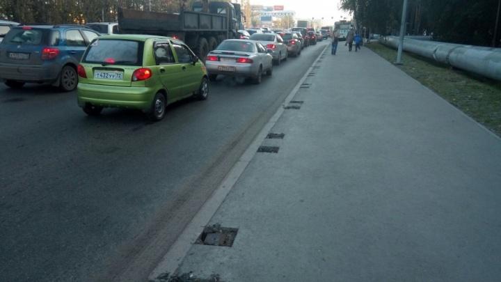 Вдоль Московского тракта появятся дорожные ограждения