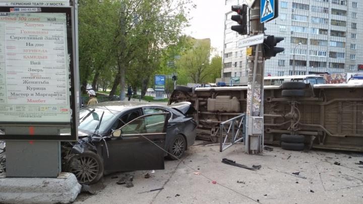«Будем помогать»: пермяки, пострадавшие в ДТП с маршруткой и Lexus, получат компенсации