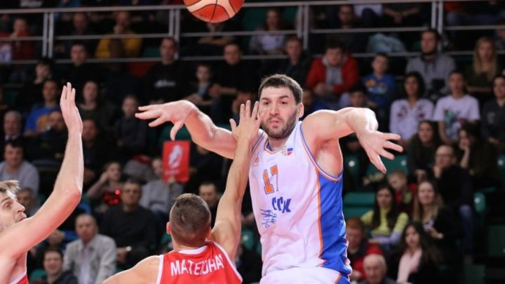 «Это лучшая игра сезона»: самарские баскетболисты дома разгромили «Спартак-Приморье»