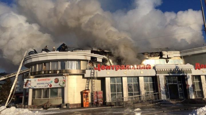 На улице Герцена горело кафе: пожару присвоили повышенный уровень сложности