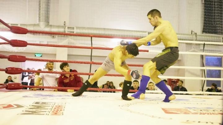 В Челябинске известный актёр Влад Дёмин сразится на ринге с действующим чемпионом России