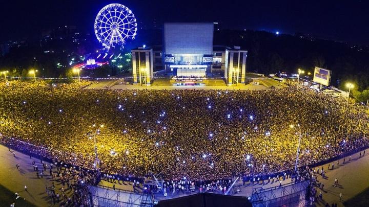 Флаг, концерт и фейерверк: в День России ростовчане смогут найти развлечение на любой вкус