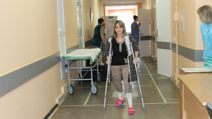 Розовые лабутены для дюймовочки: челябинские врачи вернули пациентке возможность ходить