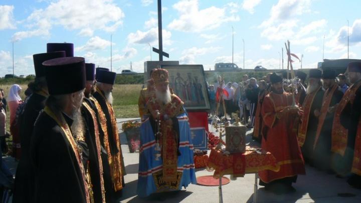 Митрополит освятил место строительства нового храма в Тюмени