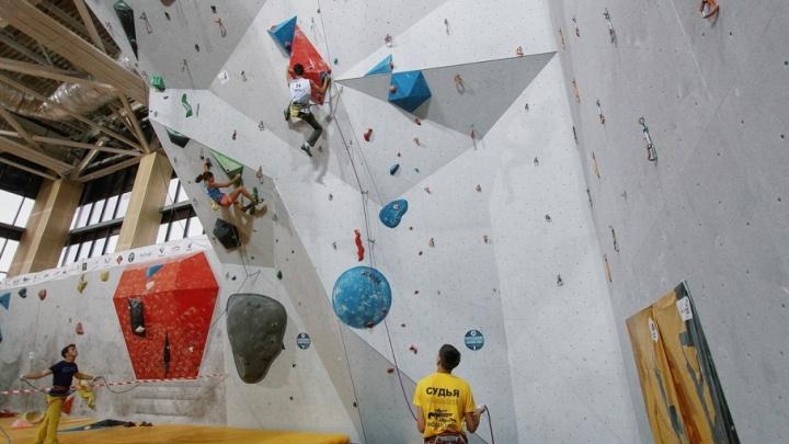 600 спортсменов из 27 регионов: в Тюмени пройдут всероссийские юношеские соревнования по скалолазанию