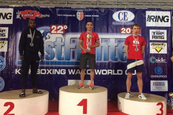Несмотря на обострившуюся травму, Бахтияр Мухамедзянов одолел спортсменов Италии, Словакии и Франции