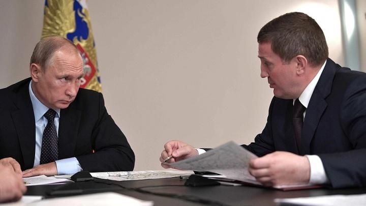Владимир Путин позвал губернатора Волгоградской области на разговор обо всем и о паводке