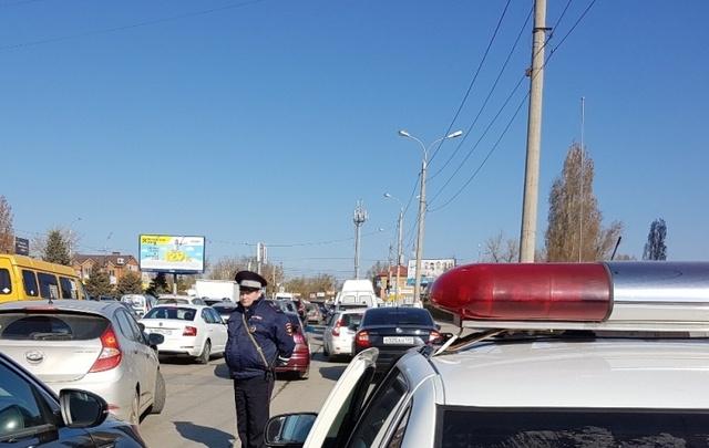 В Волгограде во время рейда оштрафовали 18 автомобилистов за неправильную перевозку детей