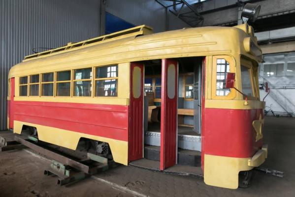 Пока трамвай реставрируется