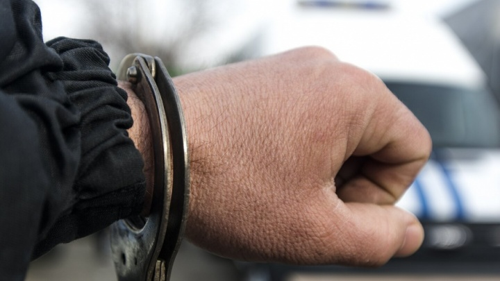 Житель Таганрога угнал у знакомого иномарку и попал на ней в ДТП