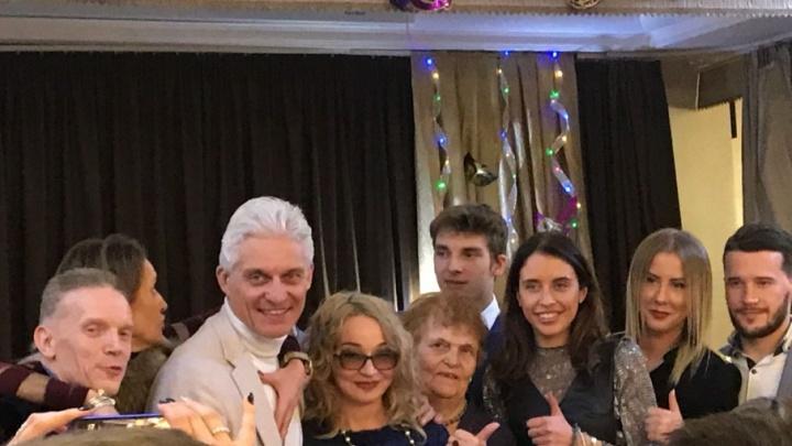 Миллиардер Олег Тиньков отметил день рождения в тюменском ресторане
