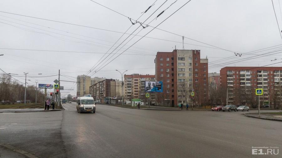 Перекрёсток Уральской и Смазчиков.