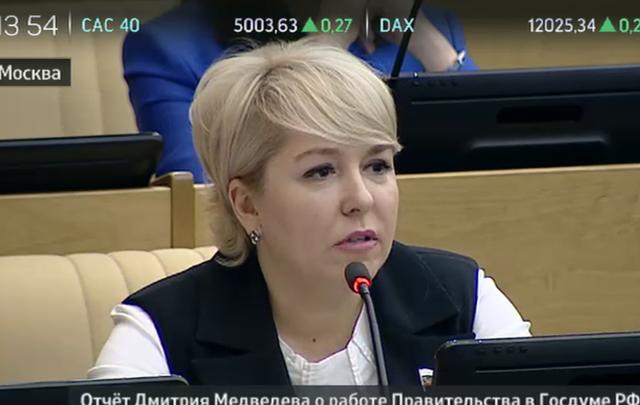 Ирина Гусева попросила Дмитрия Медведева оставлять больше доходов Волгоградской области