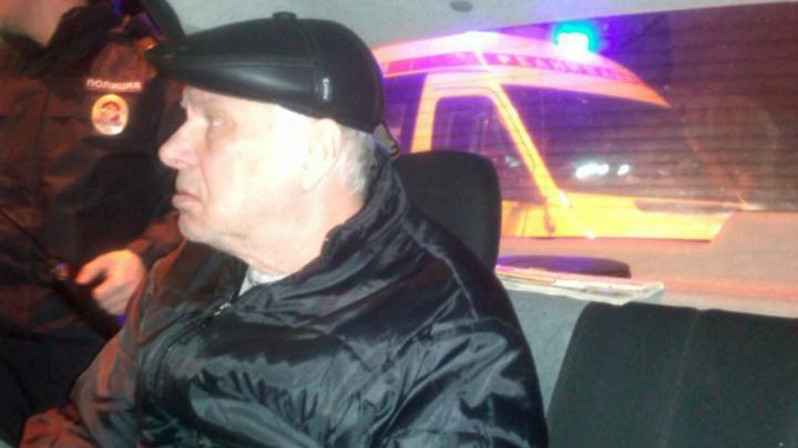 Помнил только жену: в Ярославле мужчина сел в такси и всё забыл