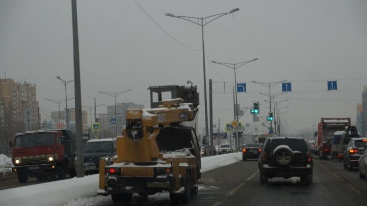 В Самаре вновь перекроют Московское шоссе для установки опор под информационные табло