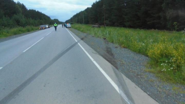 ВАЗ улетел с трассы в Челябинской области: водитель погиб