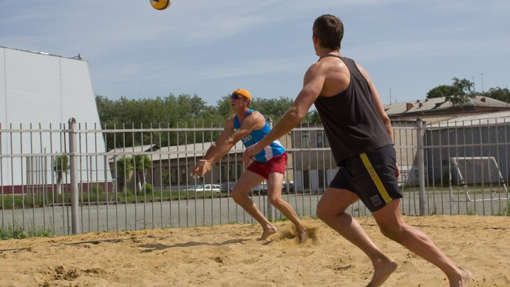 «Игры состоятся при любой погоде»: в Челябинск приедут лучшие пляжные волейболисты России