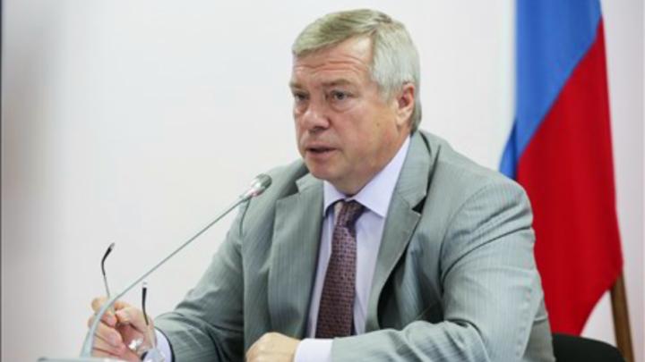 «Был шанс, а вы его не использовали»: губернатор раскритиковал чиновников за срыв сроков благоустройства