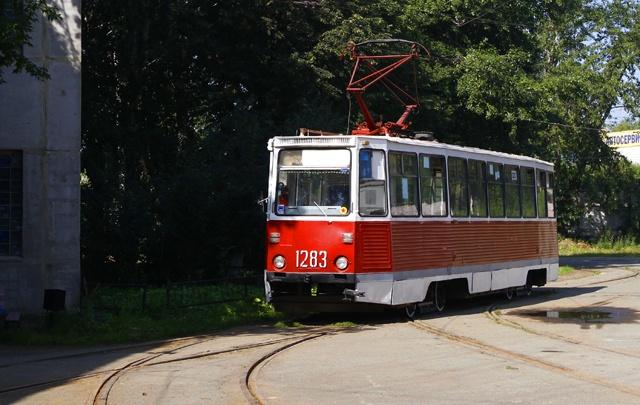 В Челябинске обстреляли трамвай с пассажирами