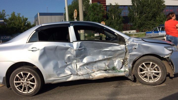 В аварии на улице 50 лет Октября пострадал маленький пассажир