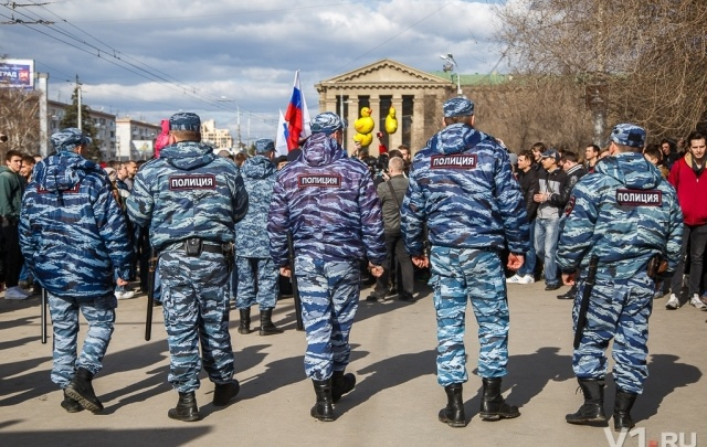 Оппозиционный субботник в Волгограде превратился в прогулку по набережной