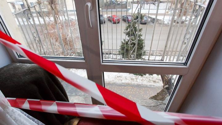 В День защиты детей трехлетний мальчик выпал из окна