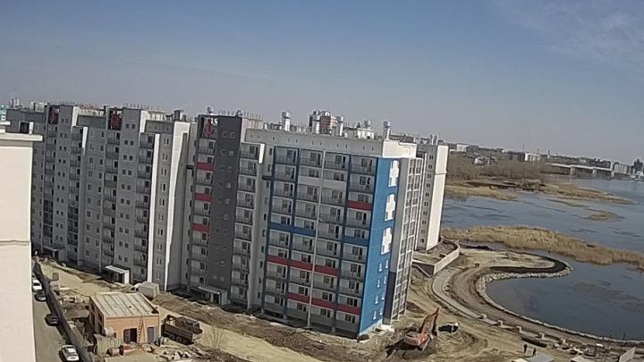 Пять семей отказались менять аварийные квартиры в регионе на челябинские новостройки