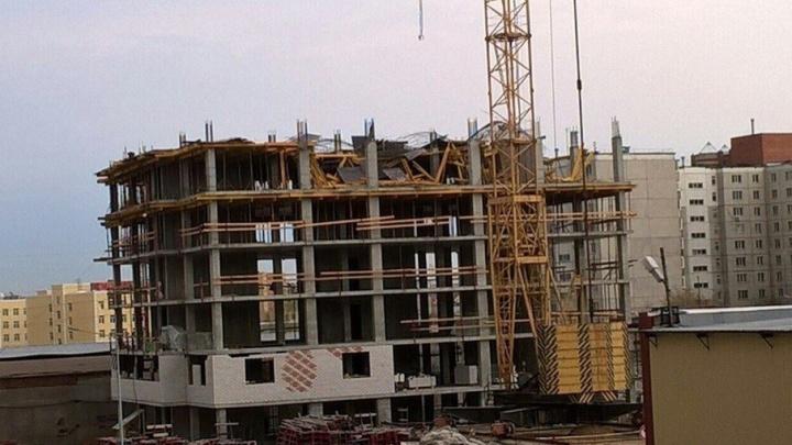 Тюменская фирма ответит за травмы рабочих на стройке во время урагана