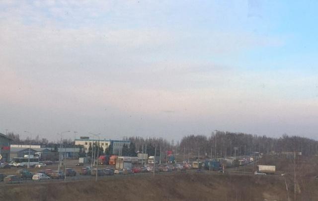 ДТП перекрыли дорогу при въезде в Ярославль: собралась большая пробка