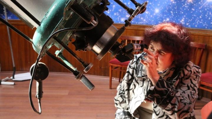 Свет фонарей помешает волгоградцам увидеть романтичный звездопад