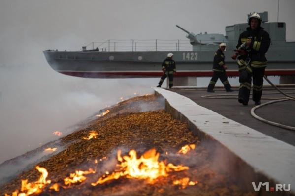 В Волгограде горит «элитный» участок центральной набережной