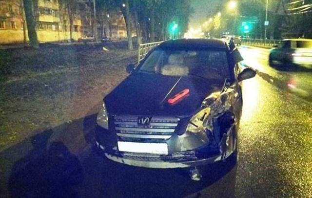 В Самаре водитель иномарки въехал в микроавтобус: три пассажира пострадали