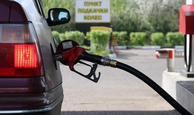 Медленно, но верно: в Поморье снизились темпы роста цен на топливо