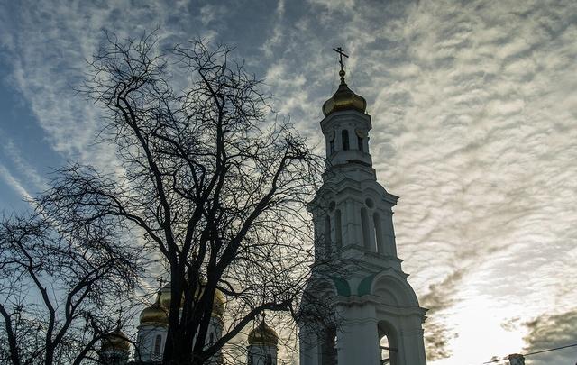 Мародеры разграбили могилы ветеранов войны на Северном кладбище в Ростове