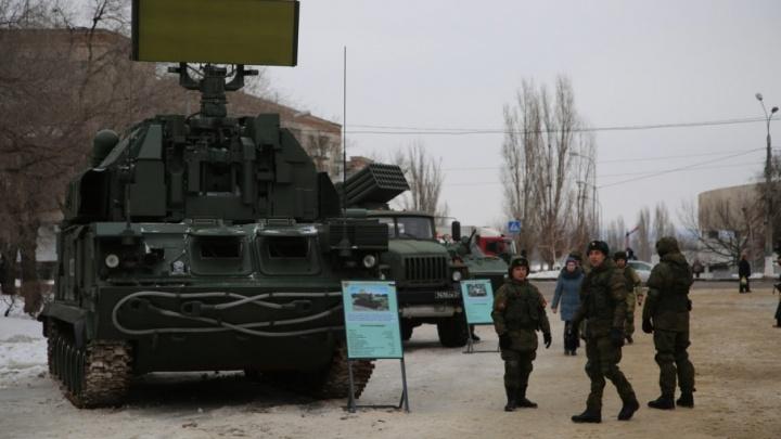 Мотострелки отбились от условного противника на подступах к Волгограду